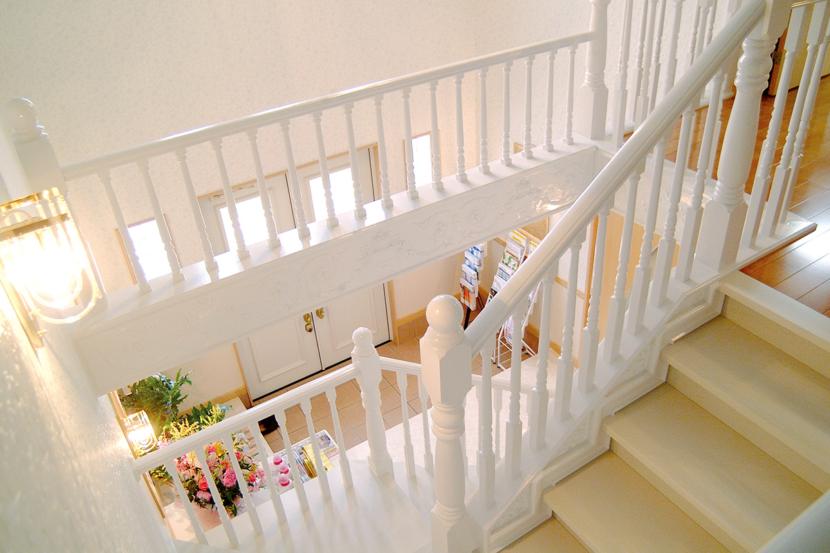 サンヨーの家 モデルハウス 階段廻り